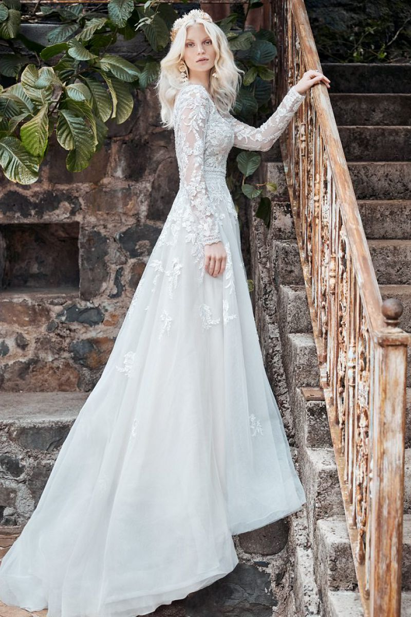 Maggie sottero raphael side