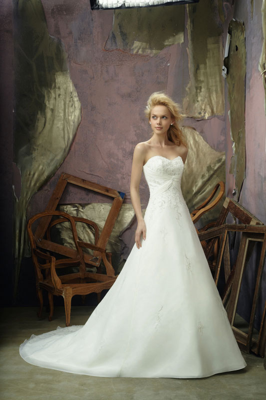 Mori Lee 2105 Wedding Gown